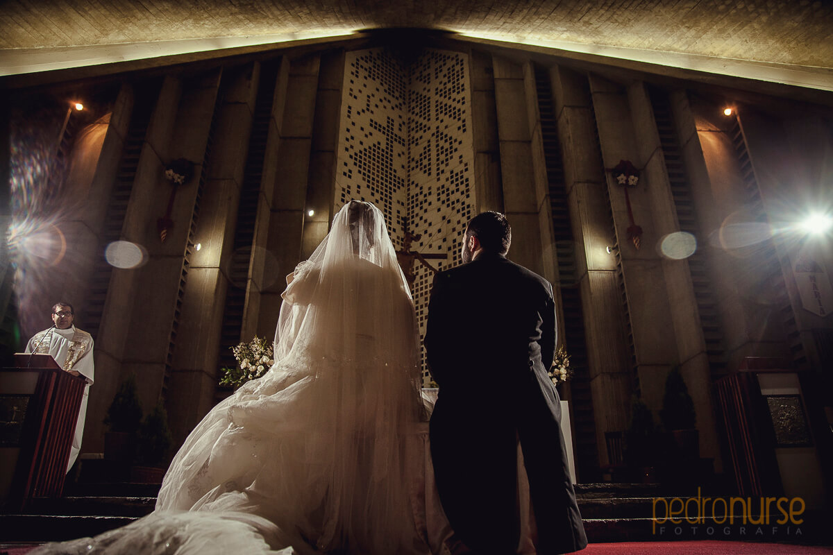 boda iglesia santisima trinidad prados del este caracas
