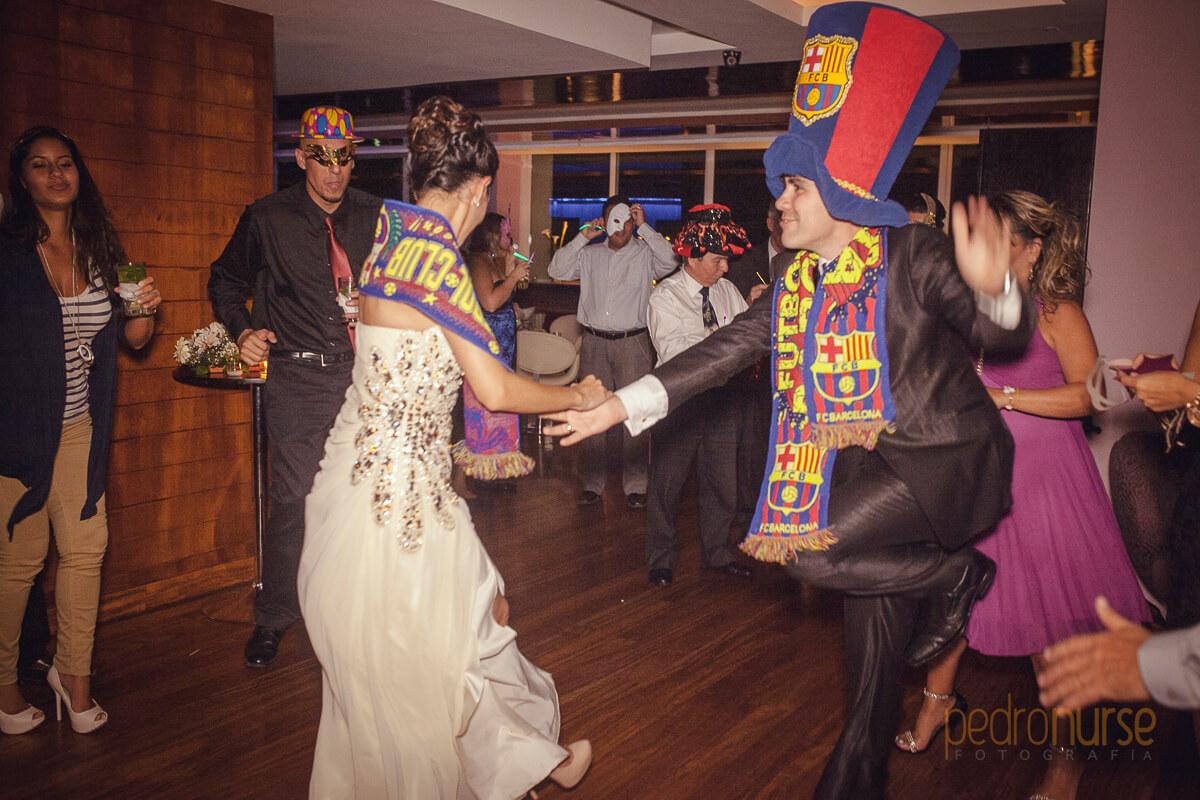 fotos de hora loca boda con cotillon del barca