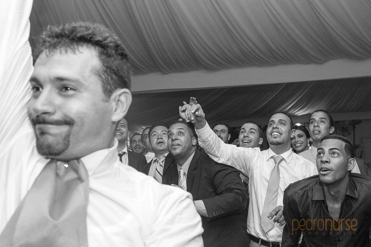 fotografia de lanzamiento del liguero bodas en caracas
