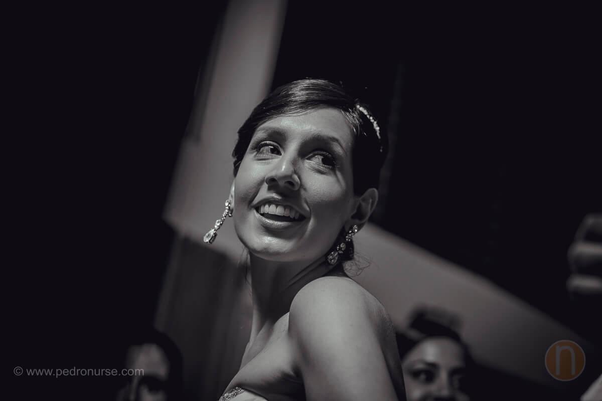 fotos de novia celebrando boda en club campestre los cortijos caracas
