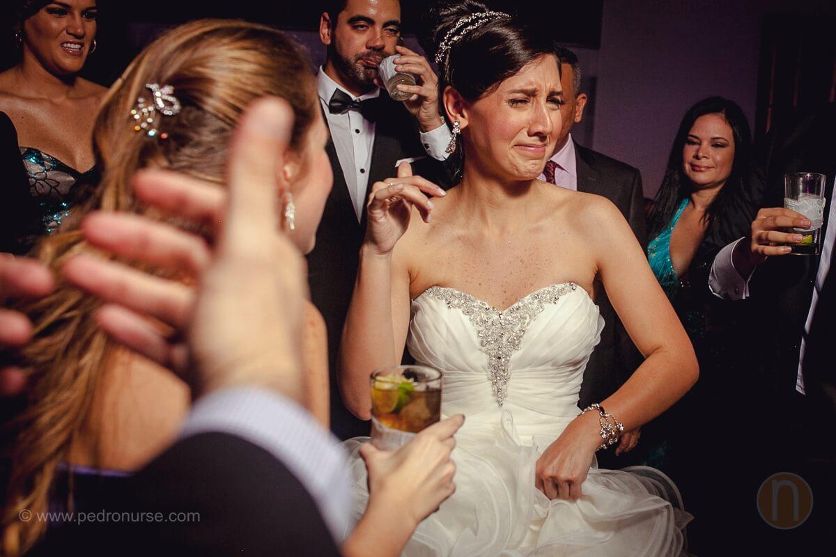 fotos de cara de novia momentos especiales en boda club campestre los cortijos