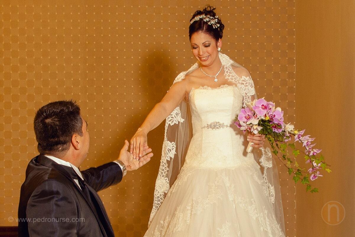 fotos sesion de novia novio first look en hotel renaissance caracas