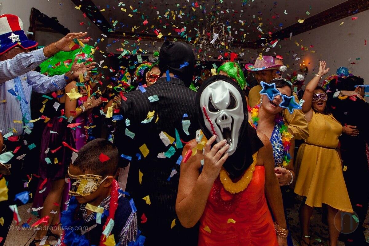 fotos de mascara papelillos en hora loca cotillon quinta versalles caracas