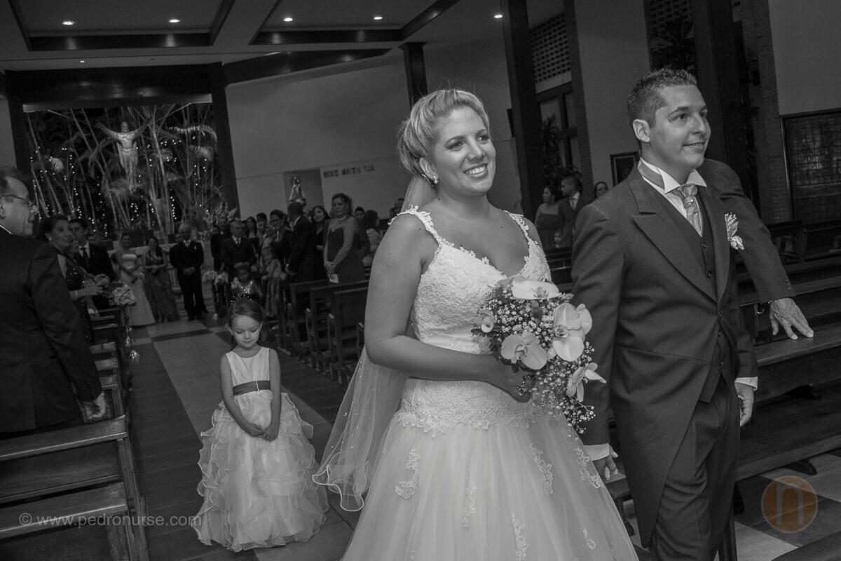 fotos de salida novio novia de la iglesia caridad del cobre santa paula caracas