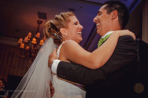fotos de primer baile como esposos en boda hotel marriott caracas