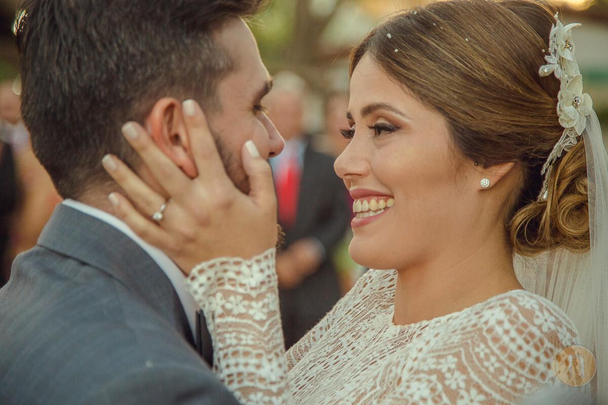 fotos de momentos de amor en misa ceremonia ortodoxa en barquisimeto