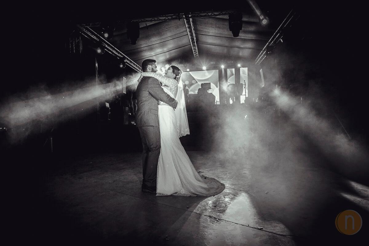 fotos de primer baila boda hacienda agua viva barquisimeto jessica ioannis