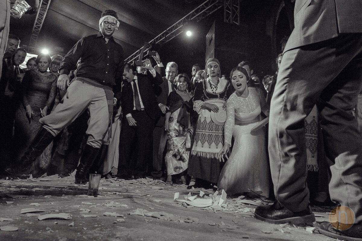 fotos de boda griega platos rotos barquisimeto