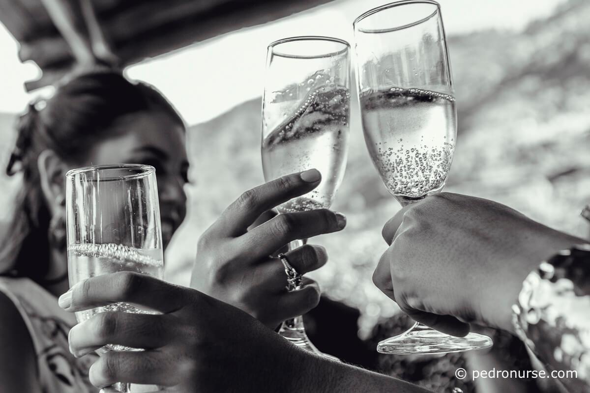 fotografias de copas de champagne brindando boda venezuela