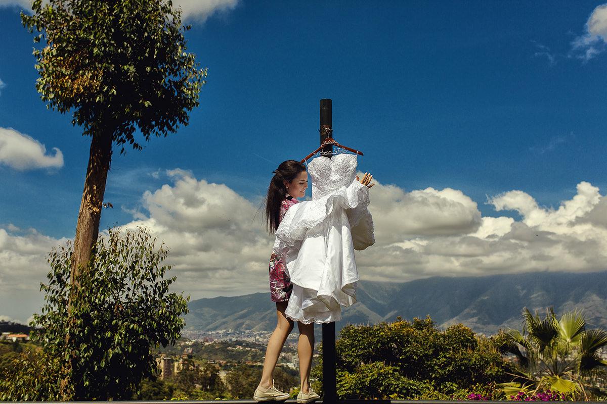 novia con vestido de bodas, fotografo venezolano, fotografo de bodas caracas, fotógrafo de bodas barquisimeto