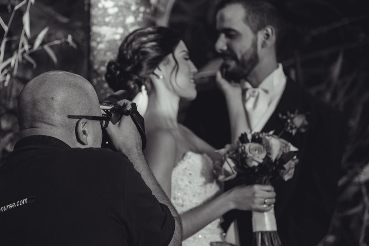 Novia y Novio, Bride and Groom, Sesion de fotos de novios, Fotografo dirigiendo a pareja, Fotografo dirigiendo a Novios, sesion fotos pareja, novios felices, esposos, fotos a recién casados, matrimonio feliz, fotos originales de bodas, foto artística de boda, fotografo en caracas, fotógrafos venezolanos, Bodas en Caracas, bodas en Venezuela, Fotografo Venezolano, fotógrafo de bodas en caracas, fotógrafo de bodas caracas, fotógrafo de bodas latinoamerica, imágenes con alma